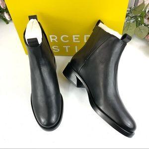 Mercedes Castillo Xandra black boots sz 5.5 (A#27)